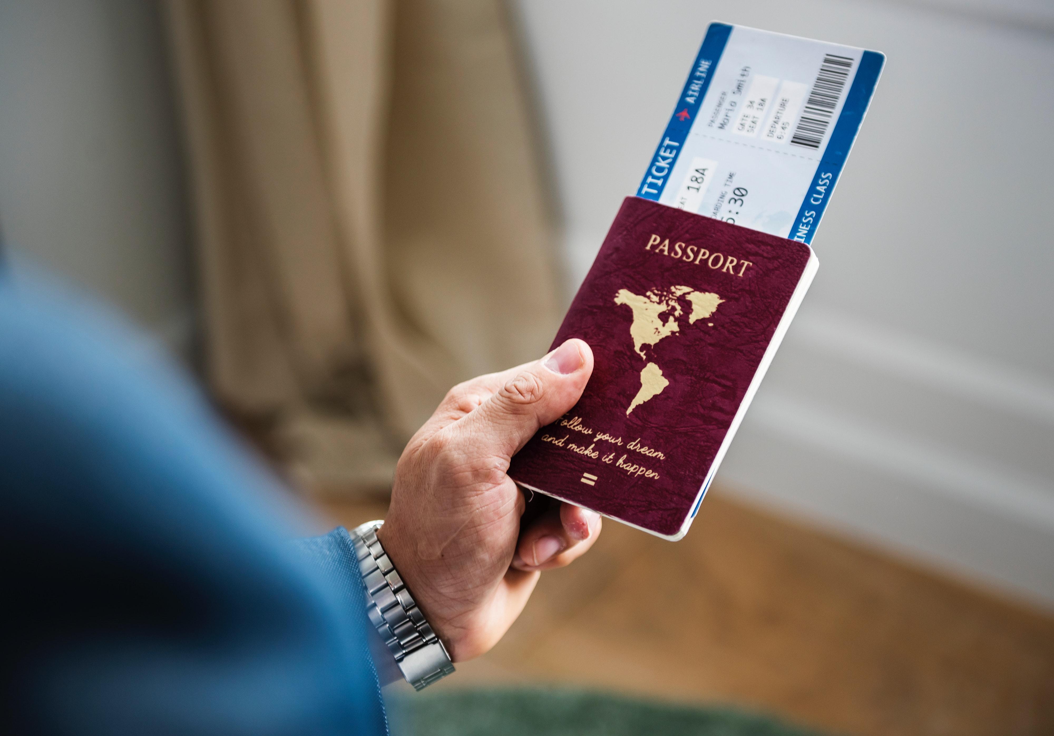 海外発券で安く海外旅行に行く